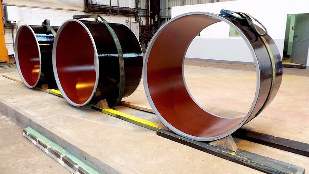 Heiß-Airless Verfahren mit Polyurethan-Beschichtung und FlowCoat-Innenbeschichtung